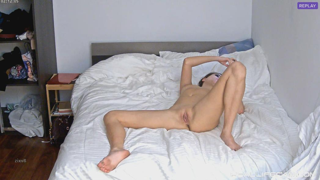 RealLifeCam Belle Sexy Nude Babe Charming Pussy in Bedroom