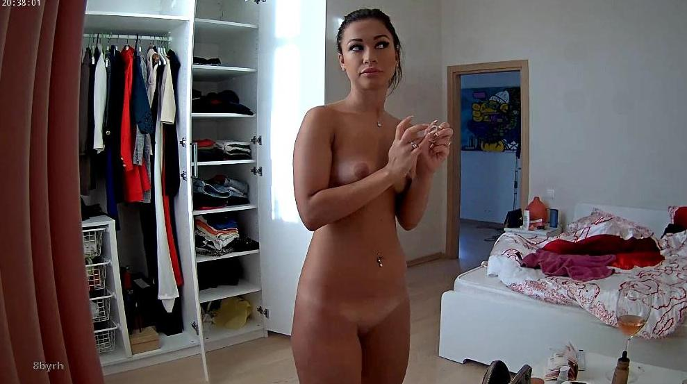 RealLifeCam Emily Sexy Naked Teen in Bedroom