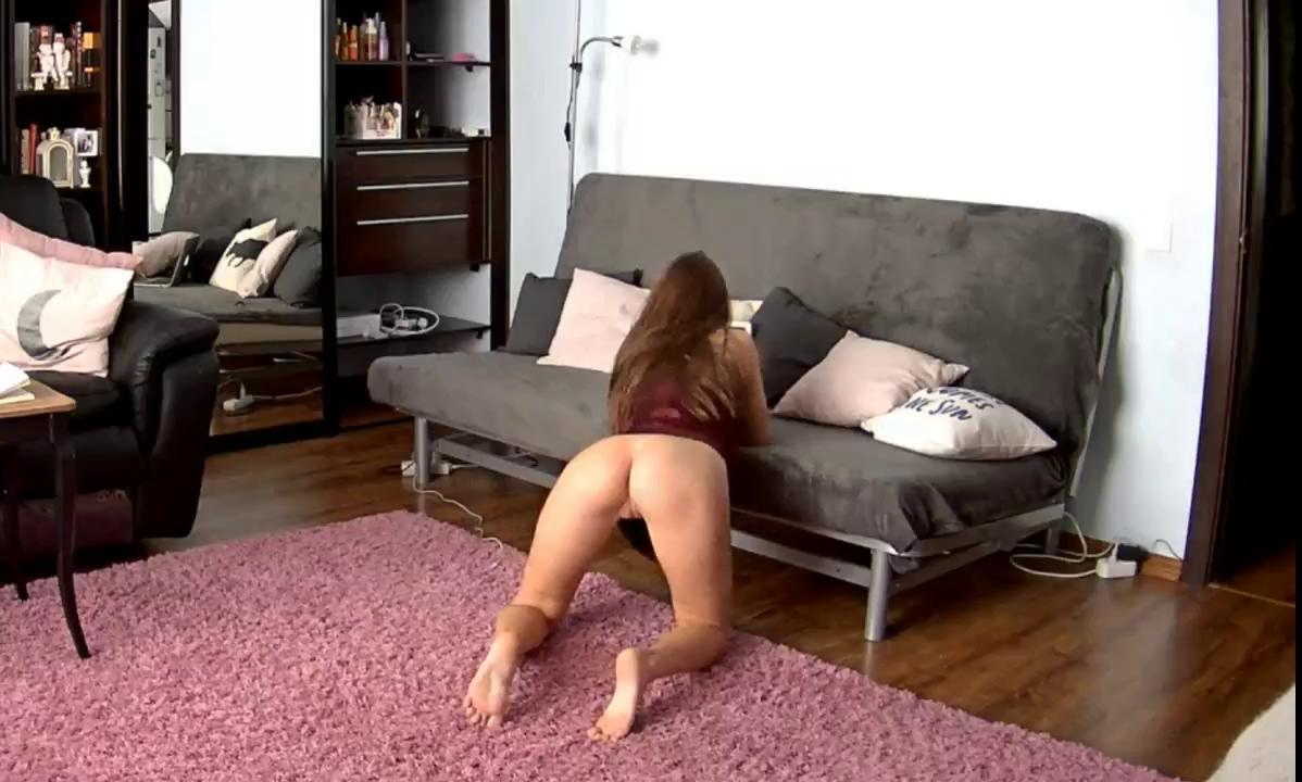 RealLifeCam Leora Teenage HD Pussy and Asshole