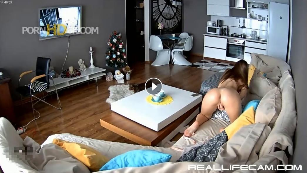 Julia Show Hot and Wet Pussy RlcReplay HD