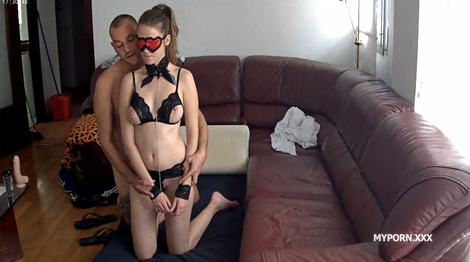Martina and Alberto have long passionate sex in the living room