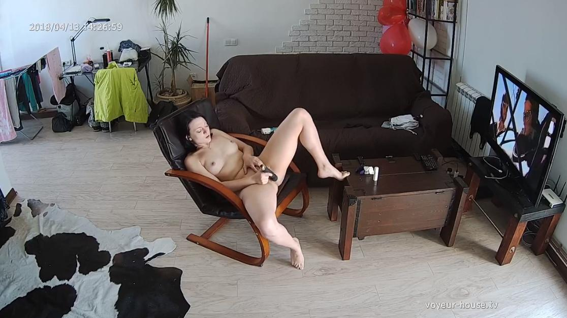 Lina afternoon bate masturbationin Living room at Voyeur House HD videos