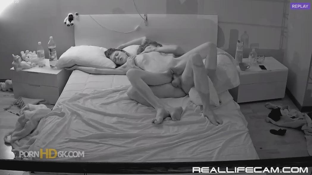RealLifeCam Anabel and Efim She is Love Shake in Pussy Orgasm