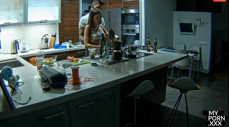 RealLifeCam Megan and Boyfriend Foreplay in Kitchen