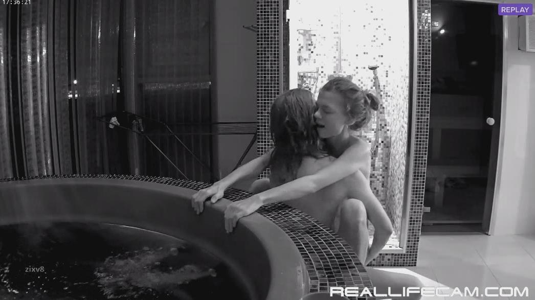 Anabel and Efim Young Couple Hardcore in Jacuzzi Room