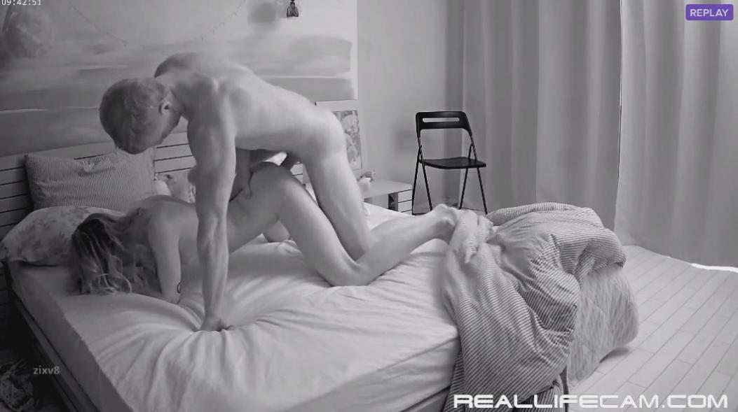 RealLifeCam Taya and Will Passionate HARD Fuck in Bedroom