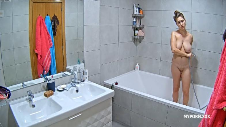 RealLifeCam Irma is Back - Hot Sexy Naked Teen Shower