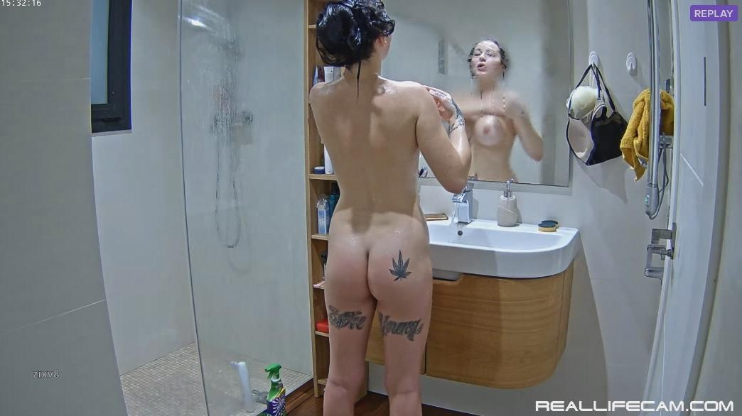 RealLifeCam Diane Shower Amazing Ass, Big Tits RLC Teen